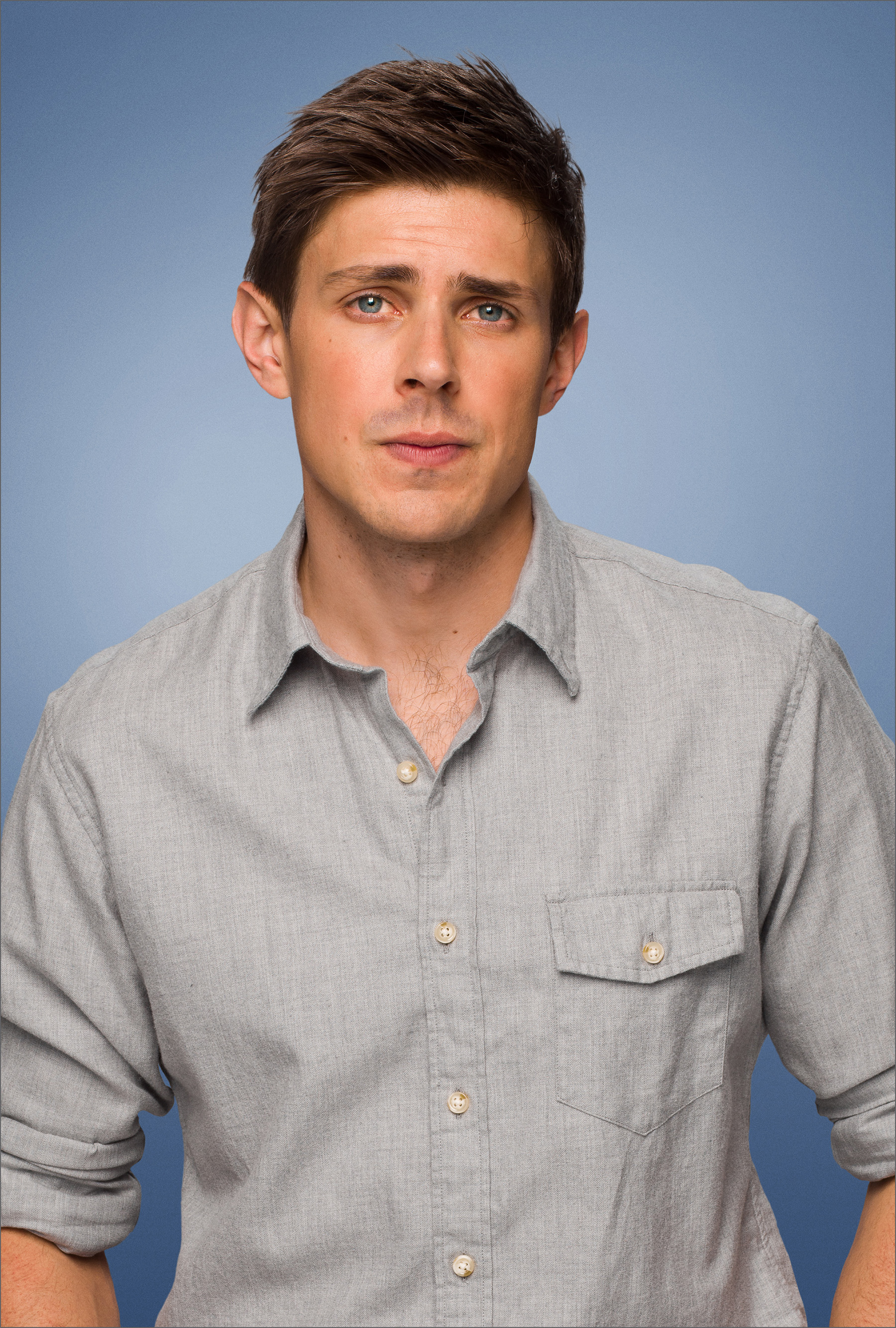 Chris Lowell enlisted